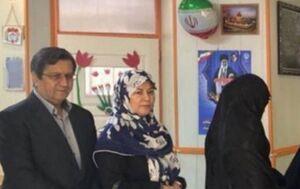 عکس/ حضور همتی و همسرش درا نتخابات