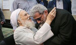 عکس/ قاآنی و آیتالله موحدی کرمانی پای صندوق رای