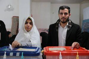 عکس/ حضور پرشور مردم در ساعات پایانی اخذ رای