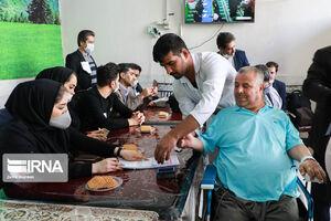 عکس/ شور انتخابات در بیمارستانها