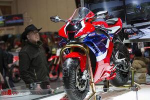 عکس/ نمایشگاه موتور سیکلت در تورنتو