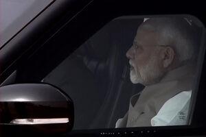 عکس/ نخست وزیر هند در خودروی تشریفاتی ترامپ