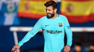 حمایت هواداران بارسلونا از پیکه بهخاطر مسی