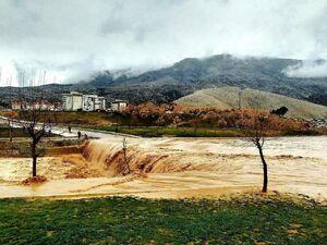 عکس/ تصویری از باران و سیل در خرمآباد