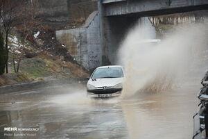 عکس/ بارش باران و آبگرفتگی معابر در اراک