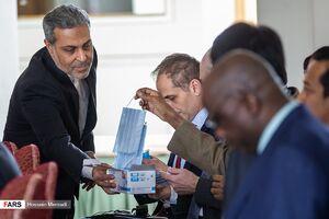 عکس/ جلسه سفرای خارجی مقیم ایران در خصوص کرونا