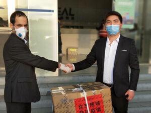 اهدای ۱۰ هزار کیت تشخیص ویروس جدید کرونا به ایران +عکس
