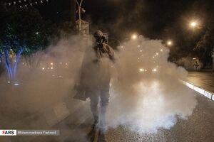 عکس/ ضدعفونی معابر شیراز توسط آتشنشانها