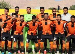 یک تیم فوتبال در ایران قرنطینه شد