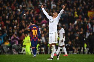 شکست در الکلاسیکو یعنی تحقیر/ بارسلونا باید در مورد ستین تجدید نظر کند