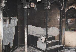 سوختن کامل ۹ مسجد در حمله هندوها به مسلمانان