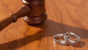 سلفی و جشن بعد از طلاق!