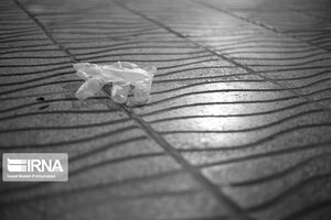 عکس/ زبالههای بهداشتی در کوچه و خیابان