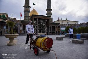 عکس/ ضدعفونی کردن حرم عبدالعظیم حسنی (ع)