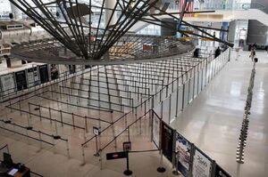 نمايی از فرودگاه جانافکندی آمريكا به دليل ترس از شيوع ويروس كرونا
