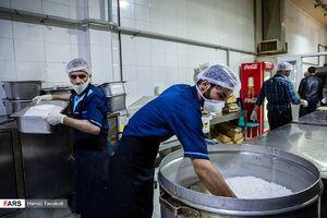طبخ و توزیع غذا برای بیمارستان مسیح دانشوری