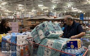 هجوم مردم آمریکا به فروشگاه ها در پی شیوع کرونا
