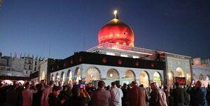 پرچم گنبد حرم حضرت زینب (س) به رنگ عزا درآمد +عکس