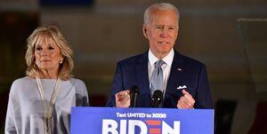 انتخابات دموکراتها | بایدن فاصلهاش را با سندرز بیشتر کرد