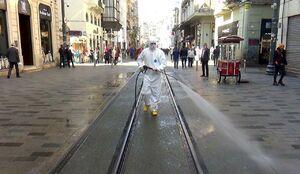 عکس/ ضدعفونی معابر میدان معروف شهر استانبول