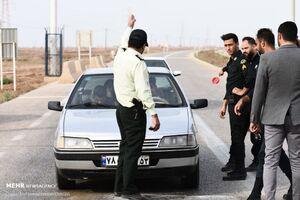 عکس/ کنترل ورودیهای آبادان توسط پلیس