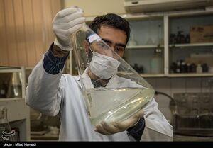 عکس/ تولید موادضدعفونی کننده در اهواز