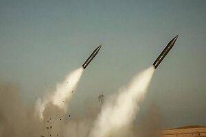 دستکم ۲۵ موشک به پایگاه التاجی شلیک شده است