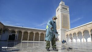 عکس/ ضدعفونی مساجد در تونس