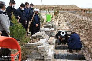 تدفین متوفیان مبتلا به کرونا در قم