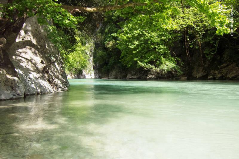 رودخانه آخرون