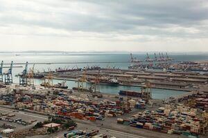 حجم صادرات کالا در اسفند سه برابر واردات شد