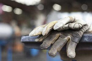اختلاف زیاد پیشنهادهای دستمزدی کارگران و کارفرمایان