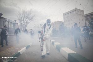 عکس/ ضدعفونی معابر عمومی محله نبرد