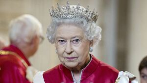 ملکه انگلیس برای فرار از مرگ کرونایی به کجا پناه میبرد؟+ عکس
