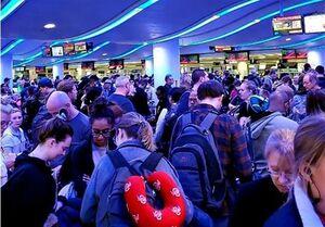 شهروندان آمریکایی از سفرهای خارجی منع میشوند