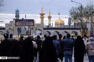 عکس/ تحویل سال در اطراف حرم امام رضا(ع)