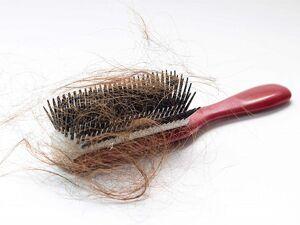 اشباهات رایج در شانه کردن موها