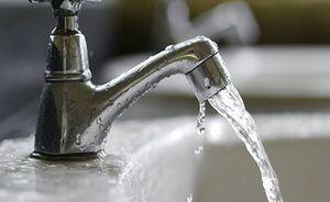 روزانه ۱۲۲۵ میلیارد پول بیتالمال برای پرکردن آب استخرهای لاکچری