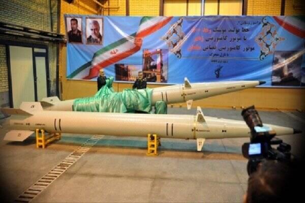 سپاه، از موشک «رعد ۵۰۰» و نسل جدید ماهوارهبرها رونمایی کرد