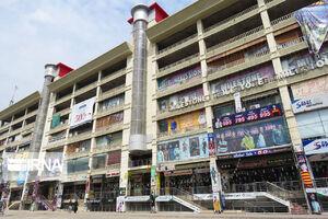 عکس/ تعطیلی مراکز خرید در پاکستان