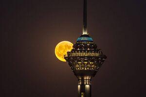 همدردی «برج میلاد» با مردم لبنان