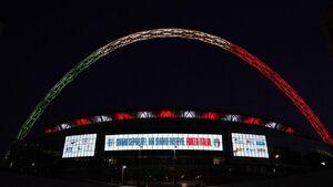 عکس/ پیام احساسی استادیوم ومبلی برای ایتالیا