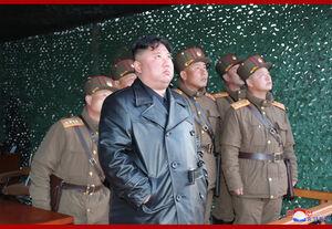 عکس/ شلیک دو موشک کره شمالی به سمت دریا