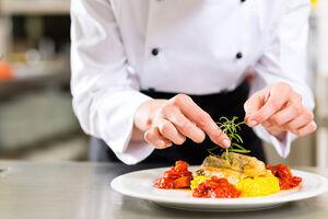 ۵ اشتباه رایج در آشپزی که عامل سرطان است