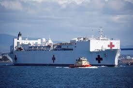 فیلم/ ورود بزرگترین کشتی امدادی به بندر نیویورک