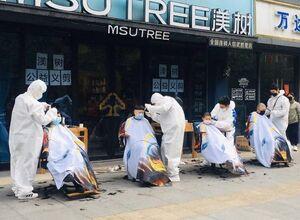 عکس/ وضعیت آرایشگرهای ووهان بعد از قرنطینه