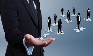 اعتماد: برخی مدیران دولتی در تراز مدیریت بحران نیستند