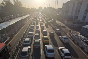 عکس/ ترافیک عجیب امروز در خیابان آزادی