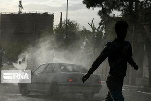 عکس/ ضد عفونی معابر میدان شوش تهران