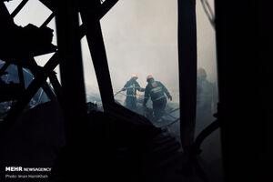 عکس/ مهار آتشسوزی گسترده در همدان